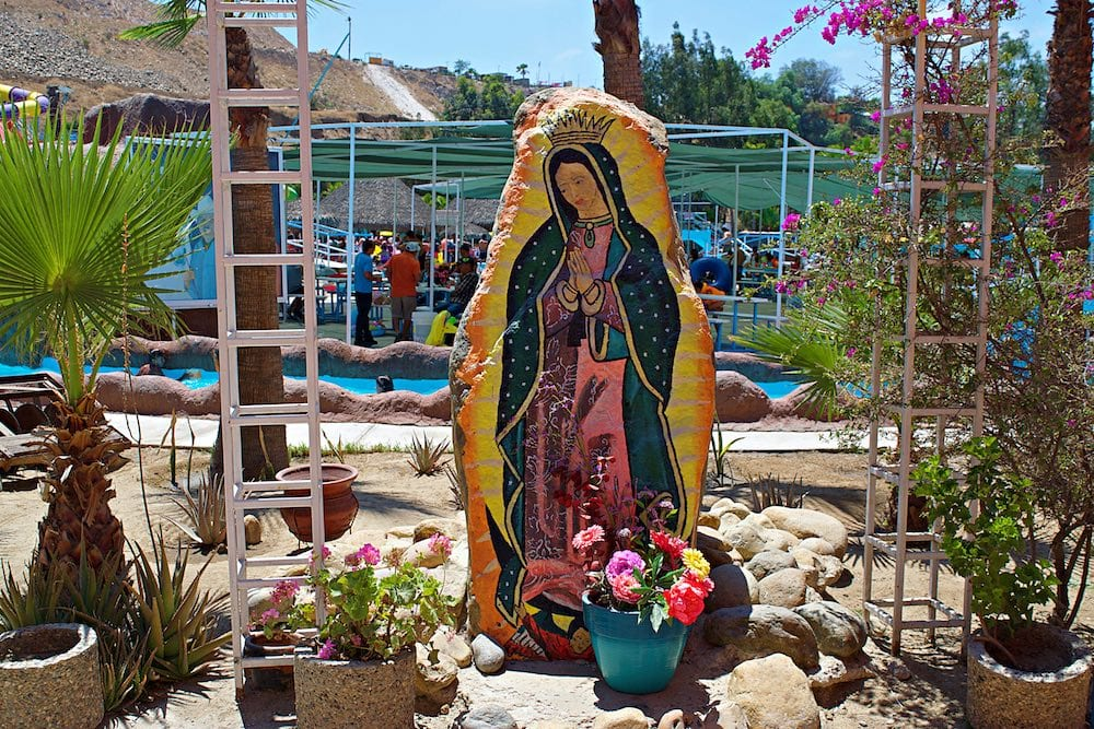 Virgen statue at El Vergel